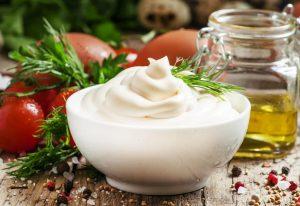 Меняем вкус обычного салата с помощью  полезной заправки! 💚
